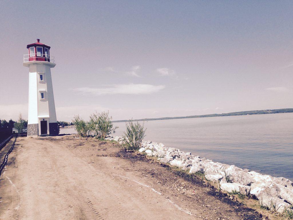 Lakestyle - Lighthouse on lake